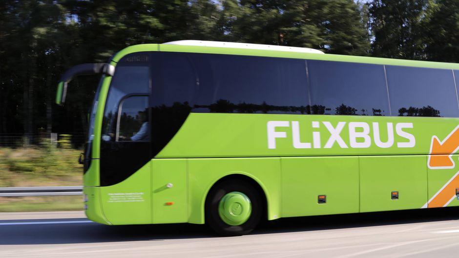 Der erste E-Fernbus in Deutschland soll auf einer neuen Strecke zwischen Hessen und Baden-Württemberg rollen.