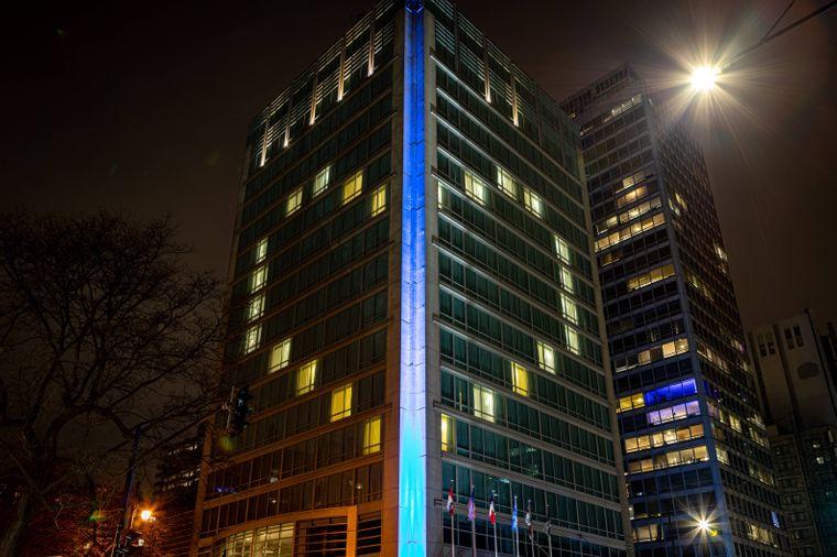 Das Sofitel Hotel in der kanadischen Millionenstadt Montreal erstrahlt in Herzform.