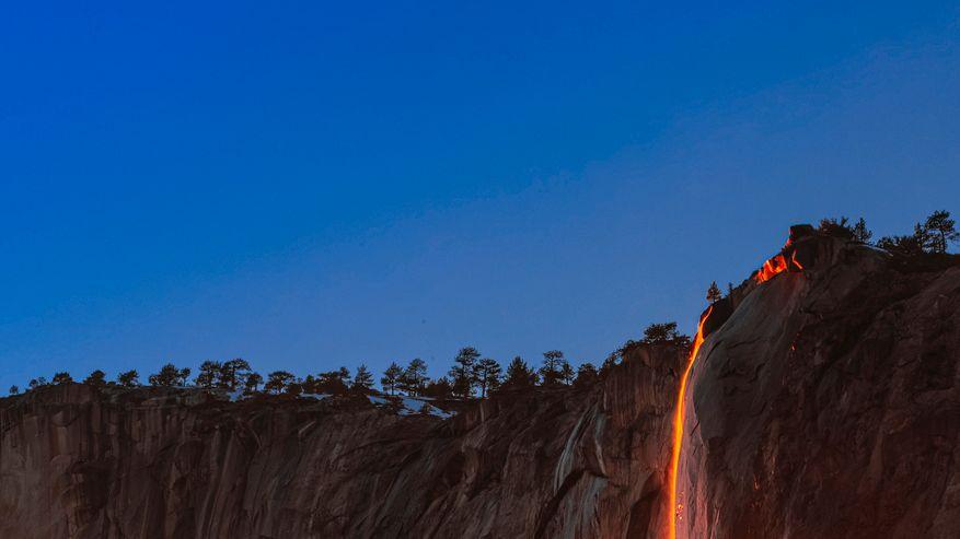 Der Horsetail Fall im Yosemite-Nationalpark im US-Bundesstaat Kalifornien glüht – oder doch nicht?