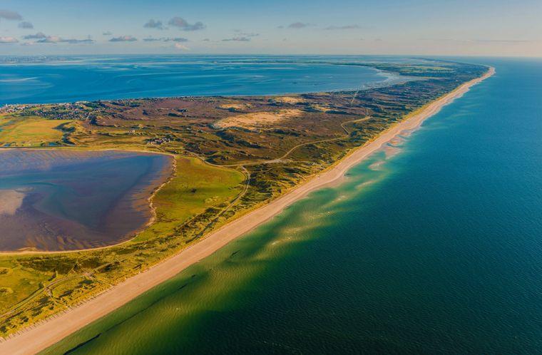 Die Westküste von Sylt aus der Vogelperspektive.