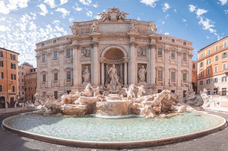 Der Trevi Brunnen in Rom, Italien.