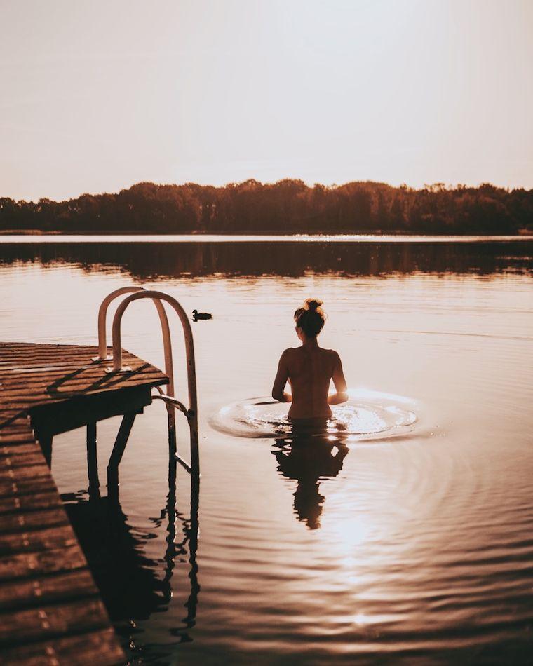 Dieses Foto entstand im Spätsommer an der Mecklenburgischen Seenplatte. Es verkörpert für Julia Freiheit, Natur und Stille.