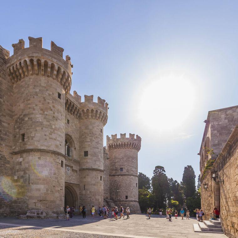 Der Großmeisterpalast ist das Highlight für Touristen in Rhodos-Stadt.