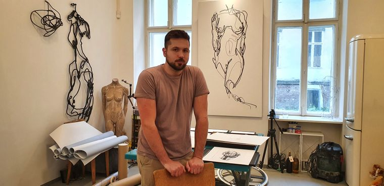 Martin Tardy arbeitet in seinem Atelier im Weiner Stadtteil Währing.