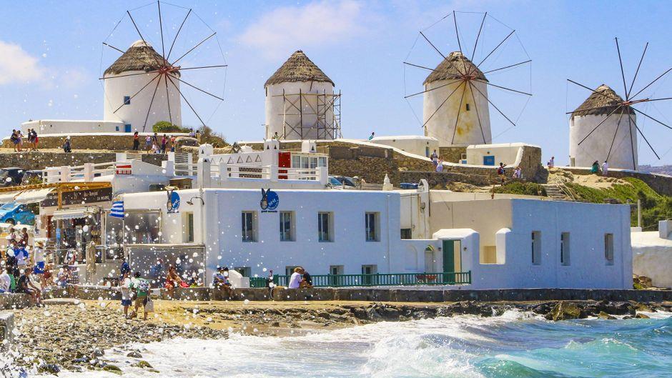 Ein Hingucker auf Mykonos – ohne Müll: Die Windmühlen Kato Mili.