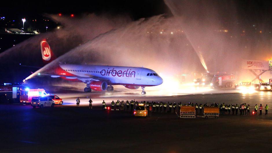 Flug AB 6210 am Flughafen Berlin-Tegel war der letzte Flug von Air Berlin.