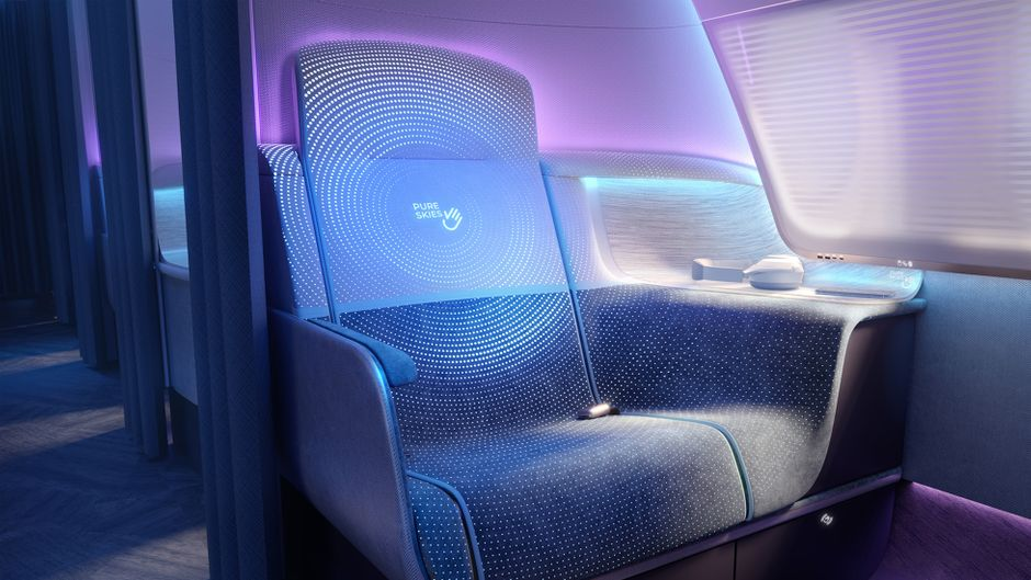 """In der Business Class gibt es kleine """"Zimmer"""" für jeden Passagier."""