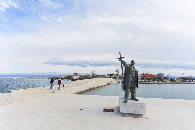 Das Denkmal des Herzogs Branimir in Nin.