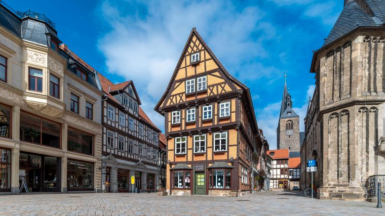 Die Weltkulturerbestadt Quedlinburg hat einige historische Fachwerkhäuser zu bieten.