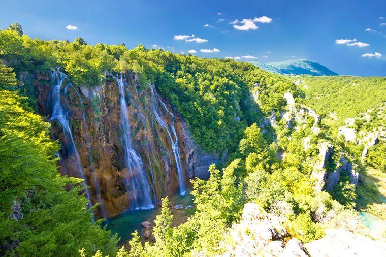 Der Veliki Slap ist der größte Wasserfall in Kroatien.