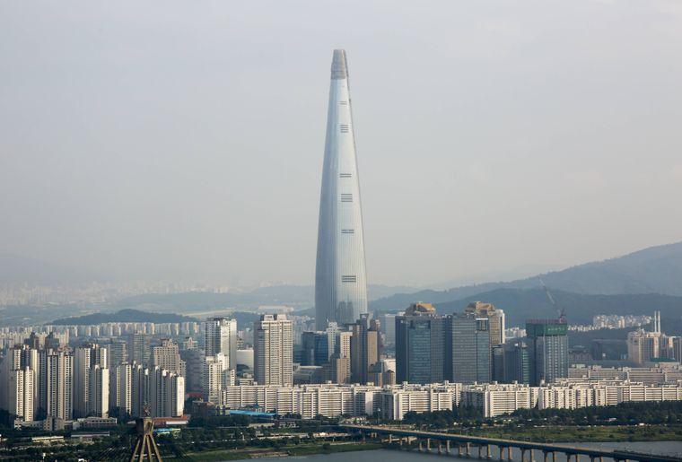 Der Lotte World Tower in Seoul ist das höchste Gebäude in ganz Korea.