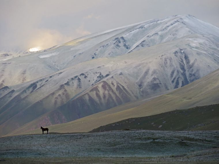 Wie von einem anderen Planeten: Die kirgisischen Berge.
