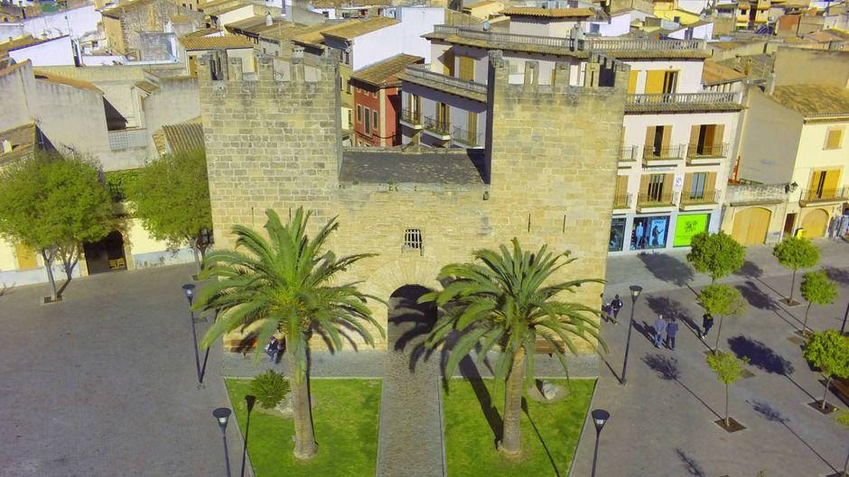 Alcúdia auf Mallorca ist eine Stadt mit Geschichte. Hier kommen Sightseeing-Fans voll auf ihre Kosten.