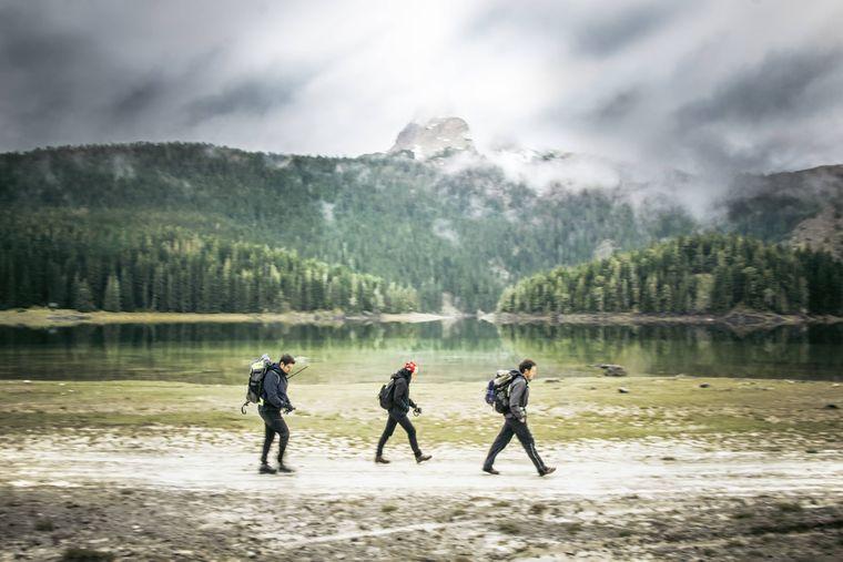 Bei einer Wanderung durch den Nationalpark kommst du sicherlich auch am Schwarzen See vorbei.
