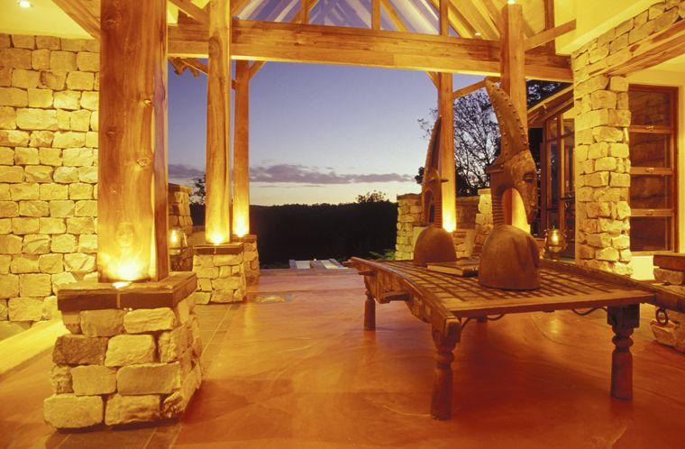 Die Tsala Treetop Lodge in Südafrika bietet Luxus mitten in der Natur.
