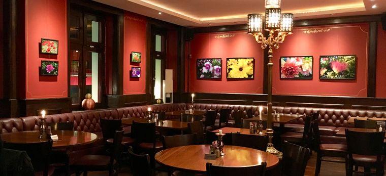 Bei einem geselligen Mesé-Essen können die Abende in der Kreuzberger Weltlaterne schon mal lang werden.