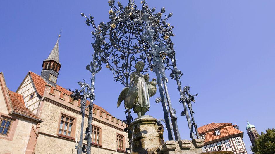 """Das """"Gänseliesel"""" ist Göttingens Wahrzeichen und auch über die Stadtgrenzen bekannt."""