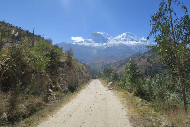 Blick auf den 6768 Meter hohen Huascaran, den höchsten Berg Perus.