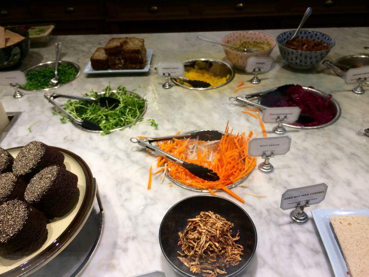 Vegetarische Theke bei Le Botaniste an der Upper East Side.
