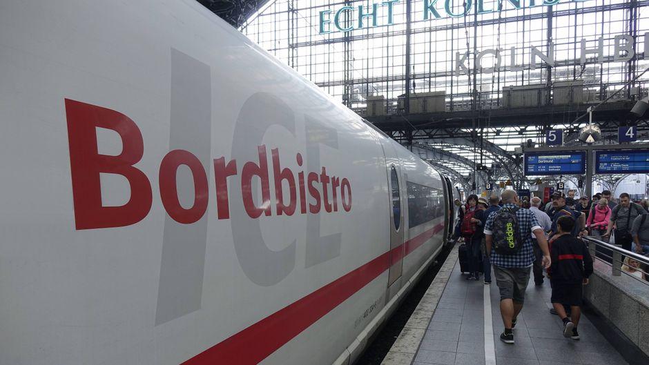 Wie teuer ist das ICE-Bordbistro im Vergleich zu anderen europäischen Fernzügen? Ein Ranking zeigt es.