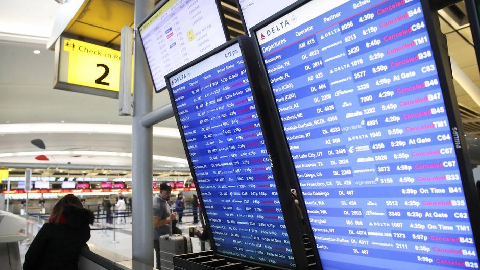 Am New Yorker Großflughafen JFK wurden auch heute früh schon rund hundert Flüge gestrichen.