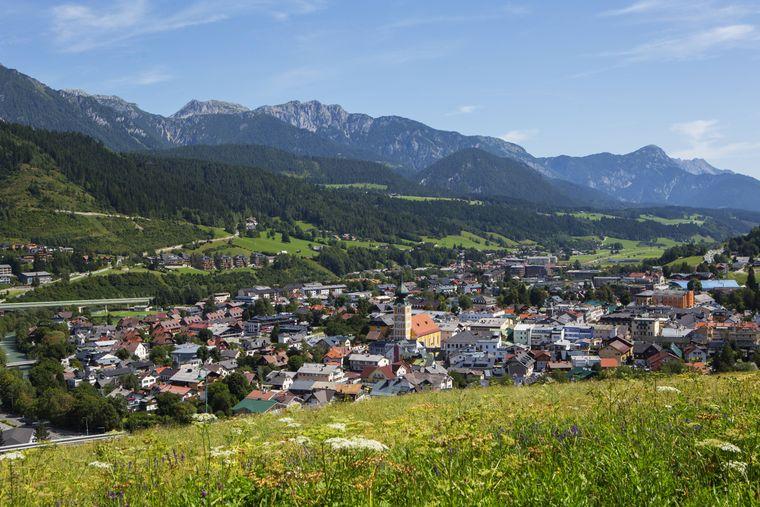 Sommers wie winters ein beliebtes Reiseziel: die Stadt Schladming in der Steiermark.