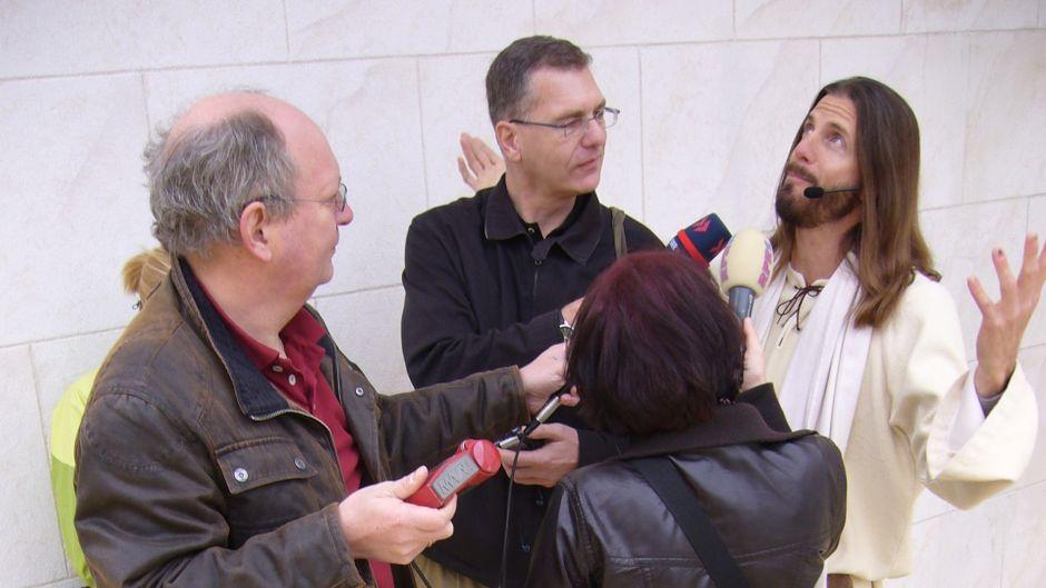Jesus ist der gefragteste Interviewpartner bei Journalisten.