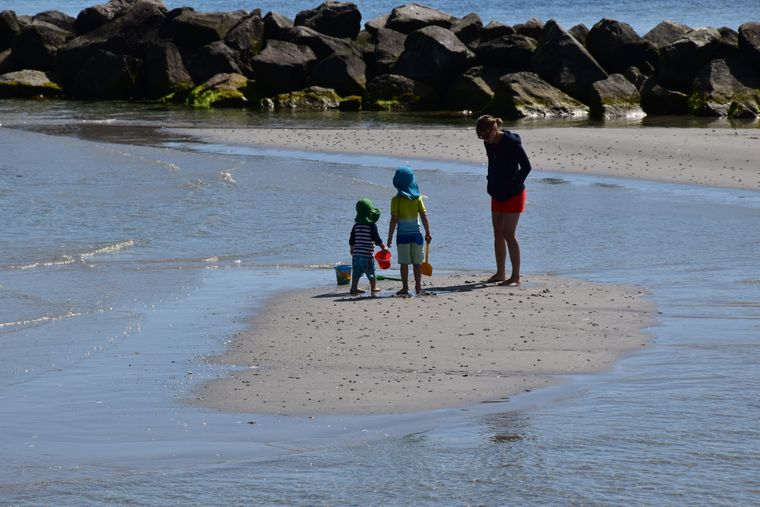 Sandbänke und knietiefes Wasser sind ein ideales Revier auch für Familien.