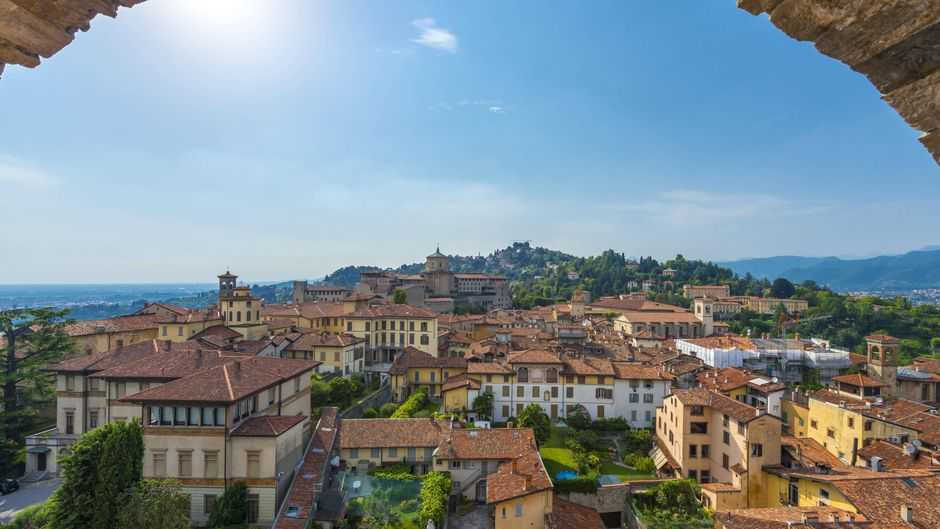 Blick auf Bergamo.