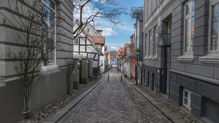 Enge Gassen prägen das Bild von Flensburg.