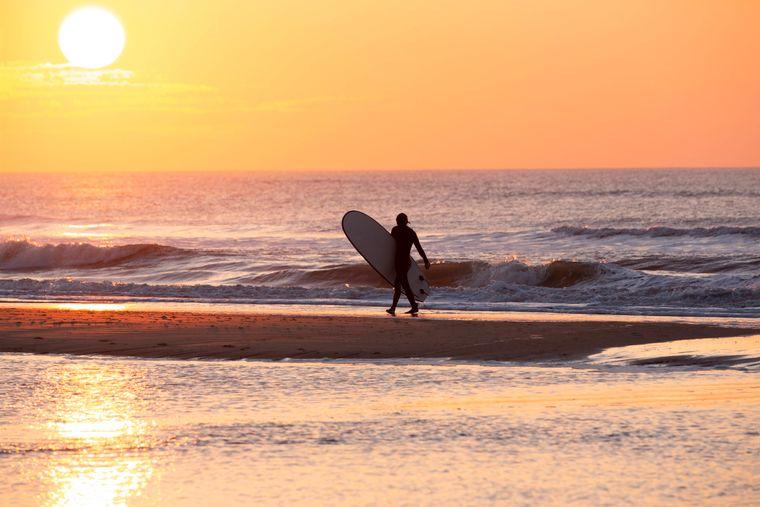 Surfer in Bloemendaal.