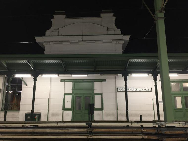 Die Haltestelle der Josephstädter Straße in Wien.