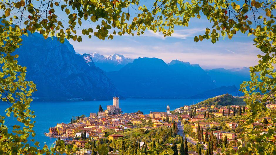 Das wunderschöne Dorf Malcesine am Gardasee – da wären wir jetzt gerade im Urlaub!