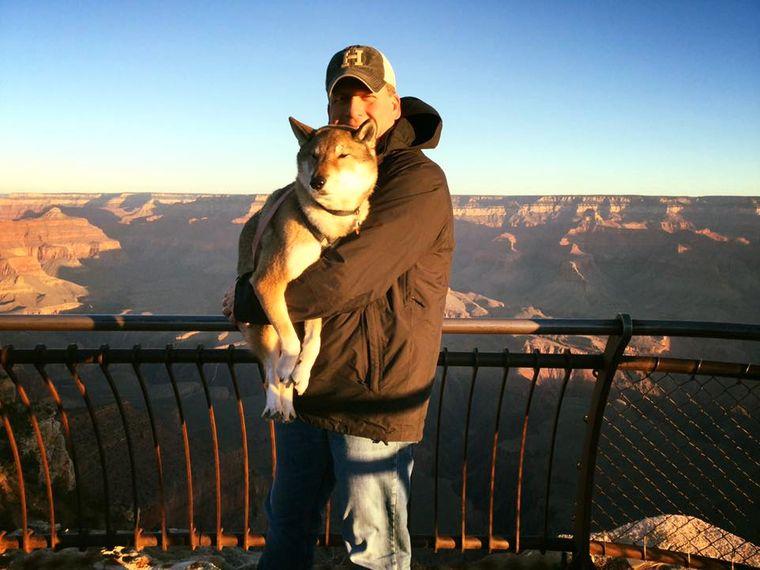 Mura und Paul am Grand Canyon.