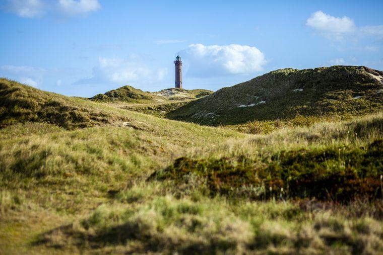 Leuchtturm und Dünen auf Norderney.