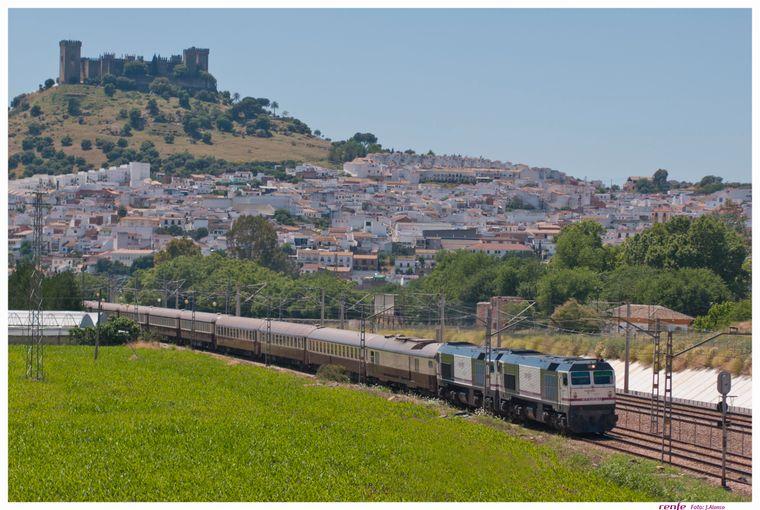 Der Tren Ál Andalus fährt innerhalb von sieben Tagen von Sevilla bis Córdoba und wieder zurück.