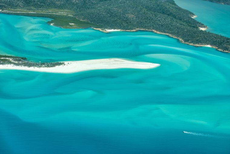 Der Whitehaven Beach in Whitsunday Islands ist ein absolutes Postkartenmotiv.