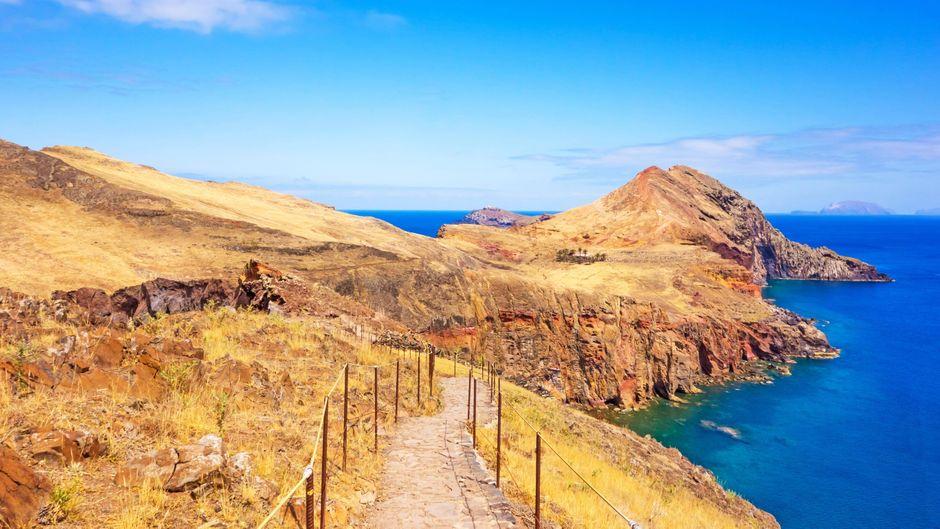Der Panoramaweg über Madeira führt dich an den schönsten Aussichtspunkten der Insel entlang.
