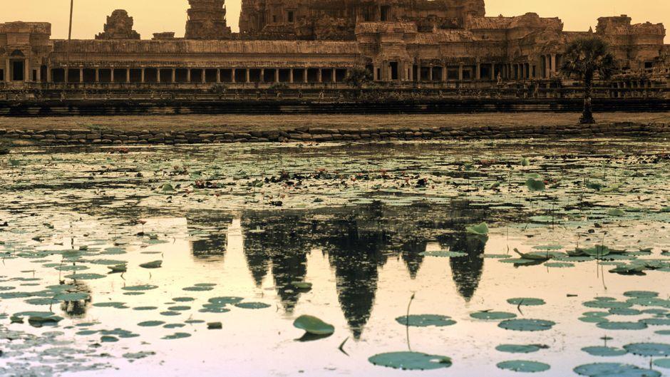 Sonnenaufgang am Angkor Wat Tempel in Kambodscha