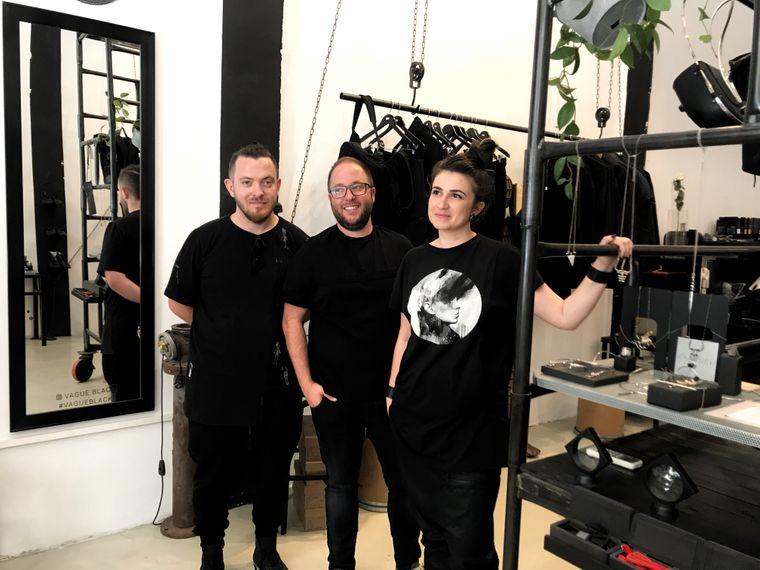 Yaron Shmerkin (von links), Aviad Sherman und Anuk Yosebashvili entwerfen für das Label Vague Mode, die jeder tragen kann – egal ob Mann oder Frau.