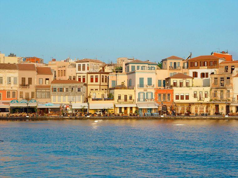 Der alte Venezianische Hafen versprüht jede Menge italienisches Flair.