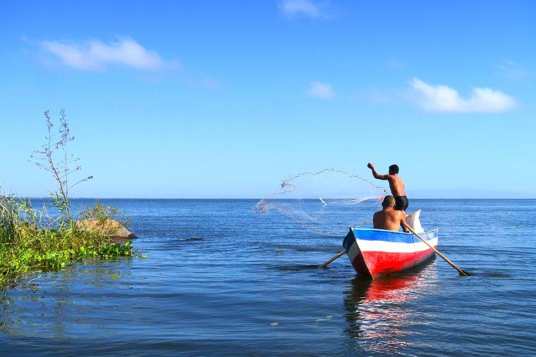 Ein Fischerboot auf dem Nicaraguasee.