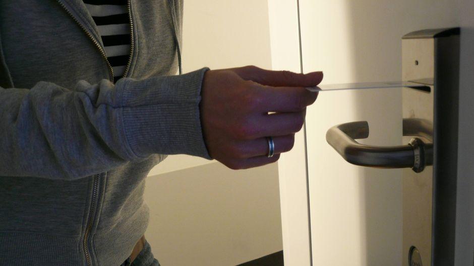 So ein elektrisches Türschloss im Hotel gilt als ziemlich sicher – IT-Profis haben aber eine riesige Sicherheitslücke entdeckt.