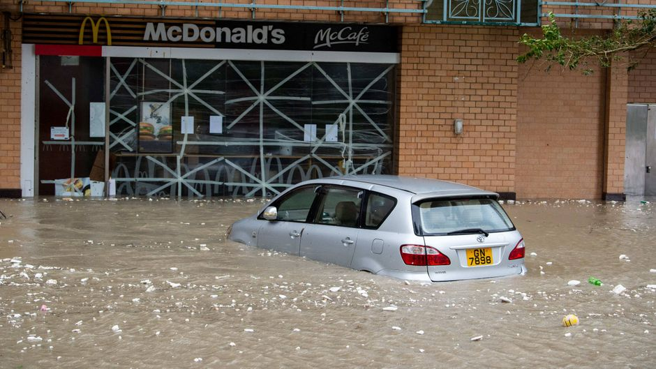 "In Hongkong sorgte Taifun ""Mangkhut"" für Rekordüberschwemmungen."