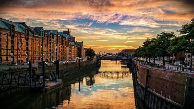 Sonnenuntergang in Hamburg.