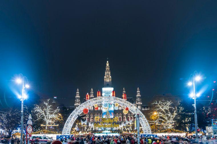 Christkindlmarkt am Rathausplatz, Wien.