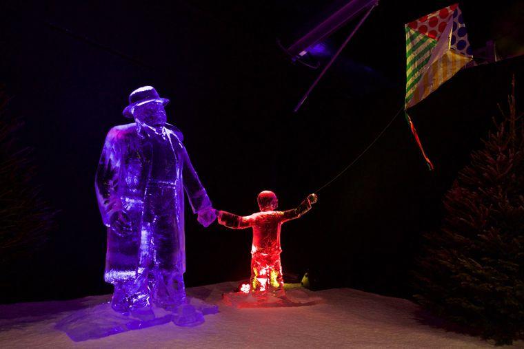 Figur beim Eisskulptur Festival Amsterdam.