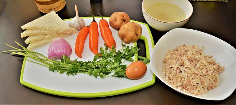 Koch doch mal peruanisch, zum Beispiel Aji de Gallina, ein Hühnerfrikassee.