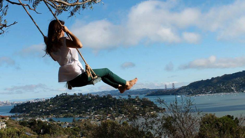 Mit solch einer Aussicht auf die Bucht von San Francisco lässt es sich besonders schön schaukeln.