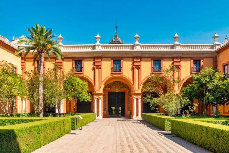 Das bedeutendste Bauwerk von ganz Andalusien ist der Alcázar von Sevilla, eine königliche Festung.